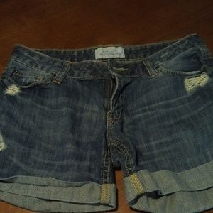 Aeropostale Distressed Denim Shorts Size 3/4